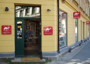 Fasaden på butikken Nomaden i Uranienbordveien 4 i Oslo. En  reise verdt. Bildet er hentet fra butikkens nettside.