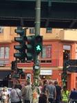 Trafikklys med grønn mann.